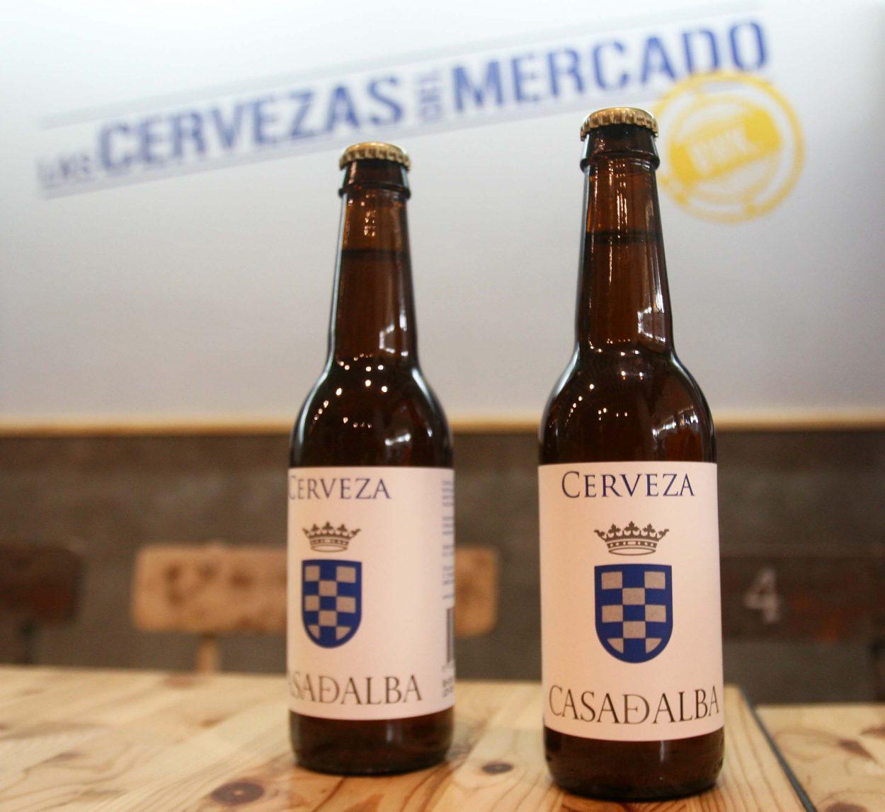Cervezas del Mercado acogió la presentación de la cerveza artesanal creada por Casa de Alba