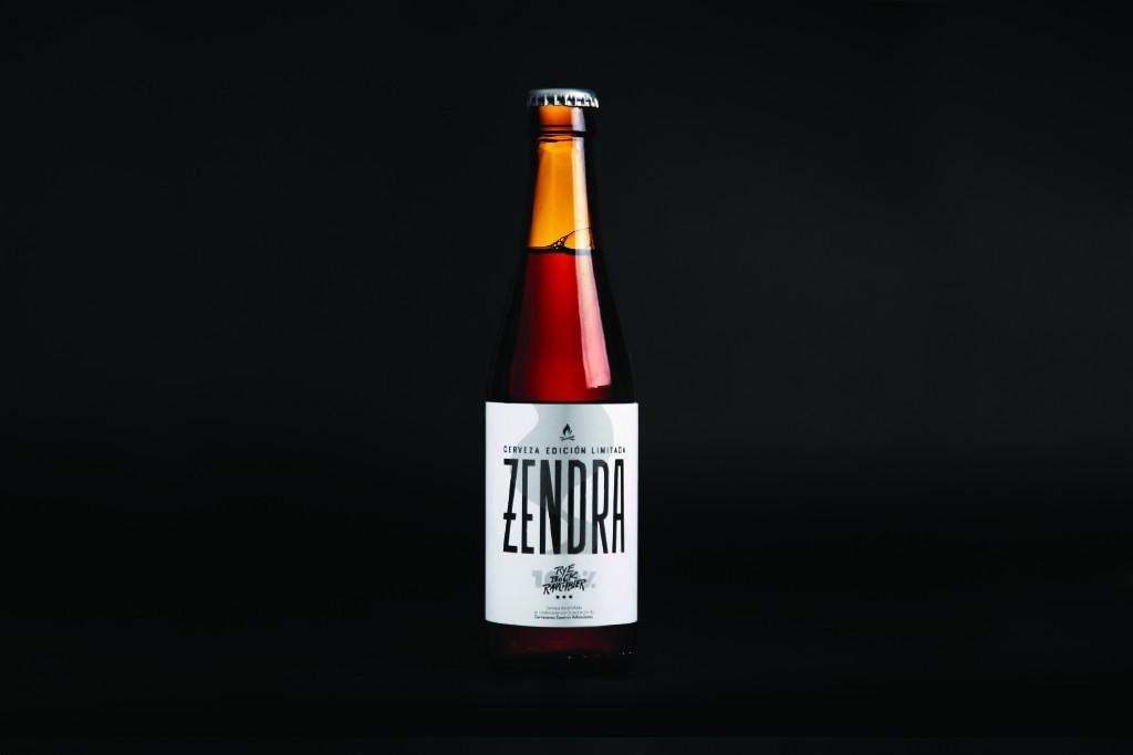 Botella de Zendra by Jorge Lawerta