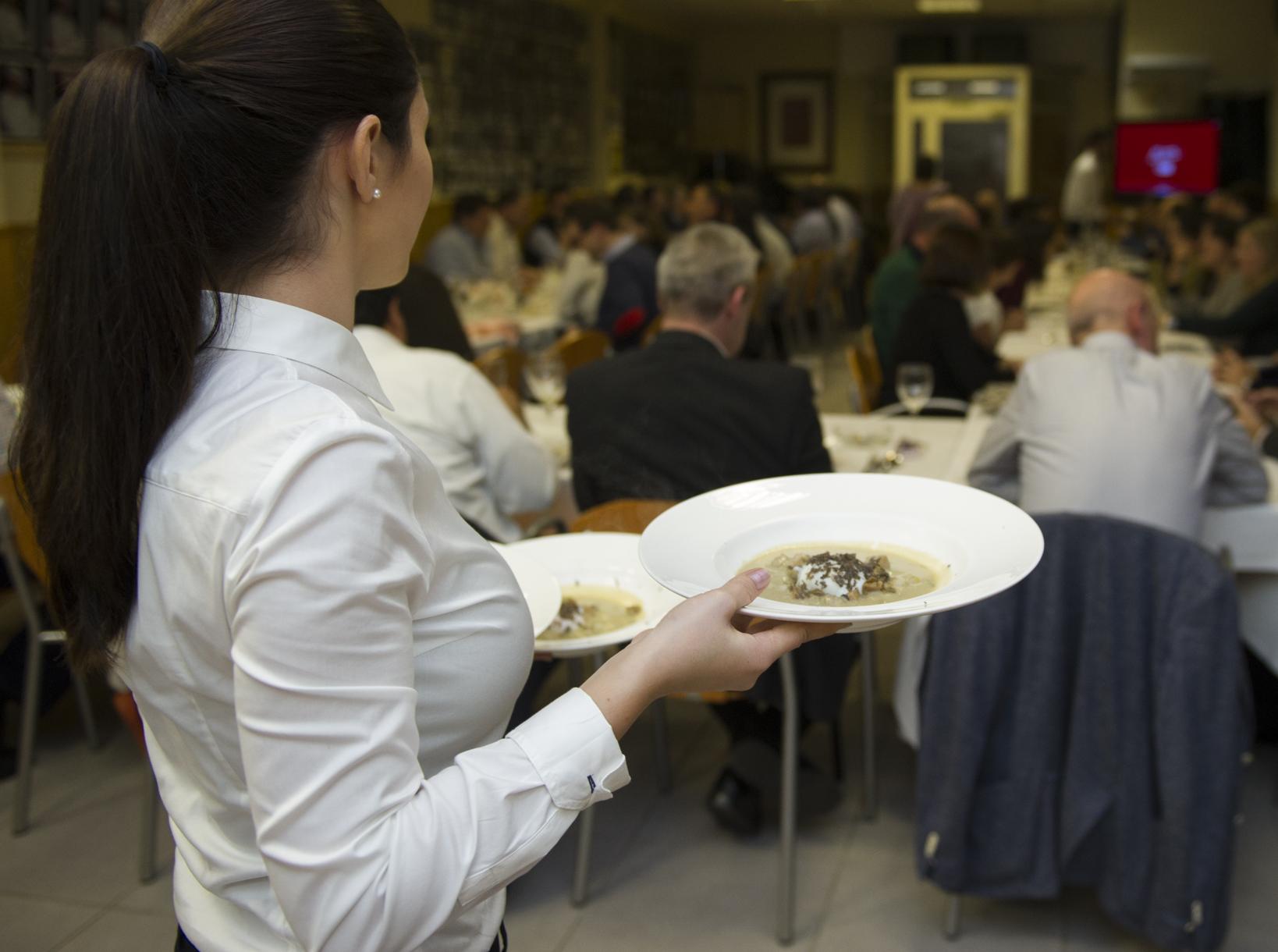 La Diputación optimiza los beneficios del turismo gastronómico en el Maestrat con la muestra y las jornadas gastronómicas de la trufa
