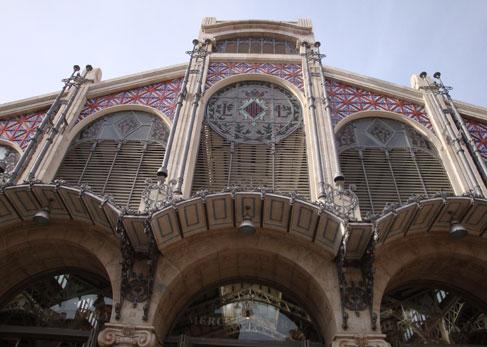 El Mercado Central reúne a las mejores bodegas valencianas.