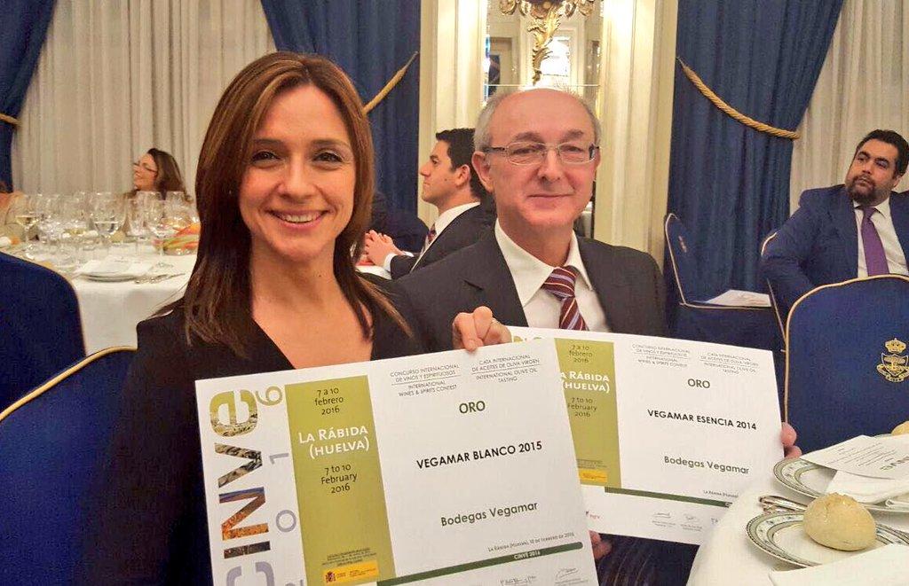 Cena Entrega Premios Dinner Awards Ceremony CINVE'2016 dos oros para Bodegas Vegamar, y uno para Vegalfaro y Xaló