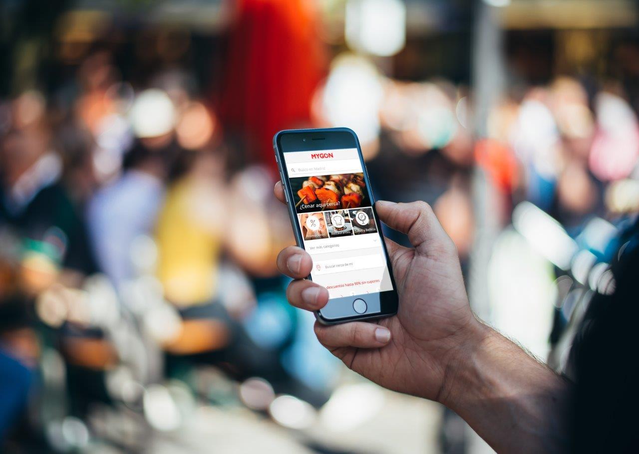 Casi 9 millones de usuarios utilizan las aplicaciones de ocio para ir a bares y restaurantes en nuestro país