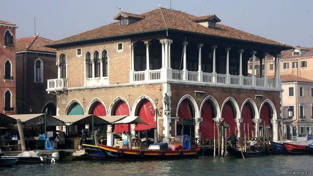 150309084331_mercados_venecia_624x351_wikimedia