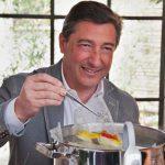 Joan Roca apuesta por reinsertar la gastronomía en la sociedad