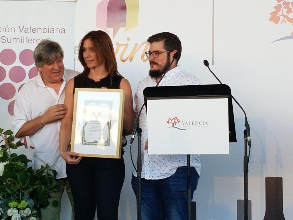 Entrega de los galardones Distinguidos Valencia 2016, premiados en la cata celebrada por ASVASU Vegamar Vegamar merlot rosado DOP Valencia celebró su XII edición de la Noche del Vino w