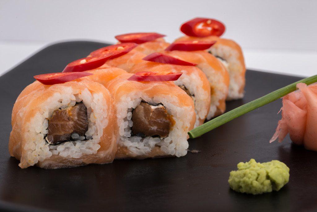 Tatami-Fire-Roll-1024x683