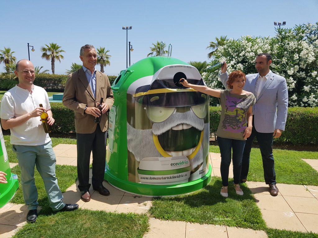 Más de 2.700 bares y restaurantes y 26 municipios valencianos se unen al plan integral para promover el reciclaje de vidrio en verano 20160705_123647 (16)