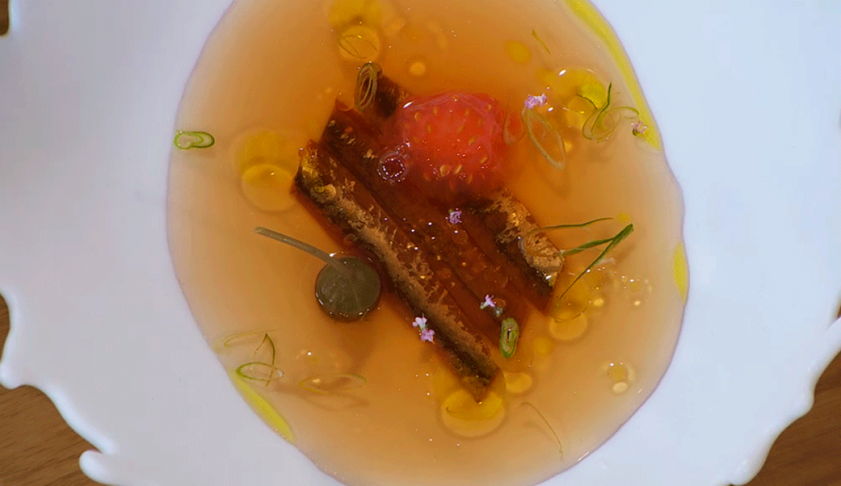 Receta de consomé de tomate y anchoa