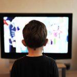 Los niños españoles se 'empachan' de anuncios de comida basura