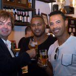 El empresario gallego, Jose Paz, inaugura O'Pazo para que los valencianos disfruten de las tabernas de su infancia