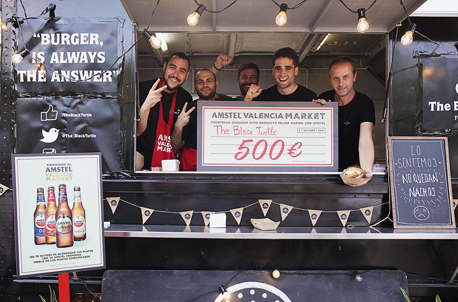 La Food Truck valenciana The Black Turtle, Premio al Mejor Maridaje con Cerveza en la competición celebrada en el AMSTEL VALENCIA MARKET