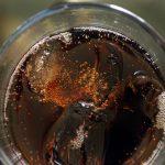 Con bebidas azucaradas más caras, baja su consumo