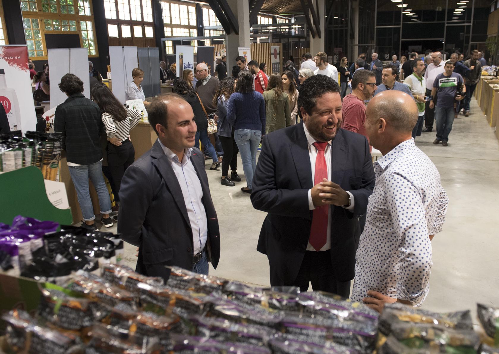 Los grandes distribuidores de la alimentación saborean el patrimonio gastronómico provincial en la I Feria Gastronómica