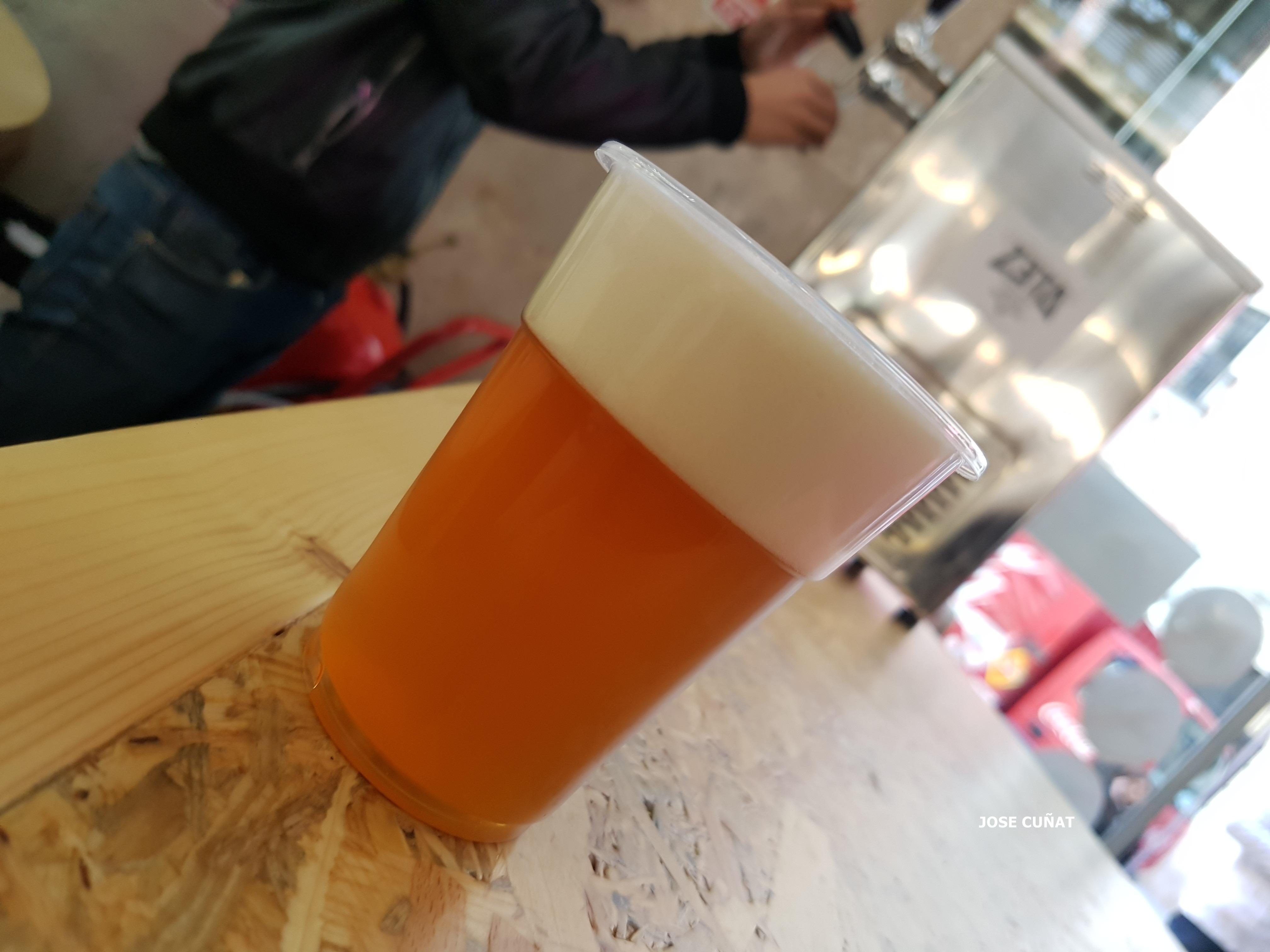 Aseguran que la cerveza puede mejorar tu creatividad
