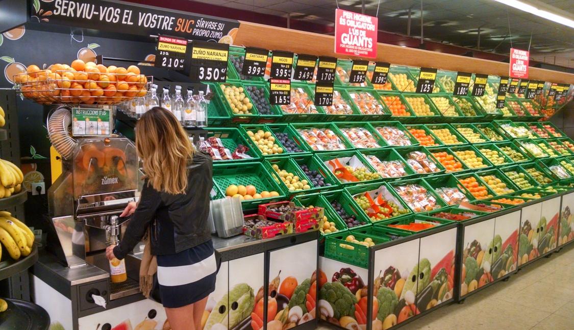 Mercadona y Consum, entre los grupos de distribución que reducirán un 10% de azúcar, grasas y sal en sus productos