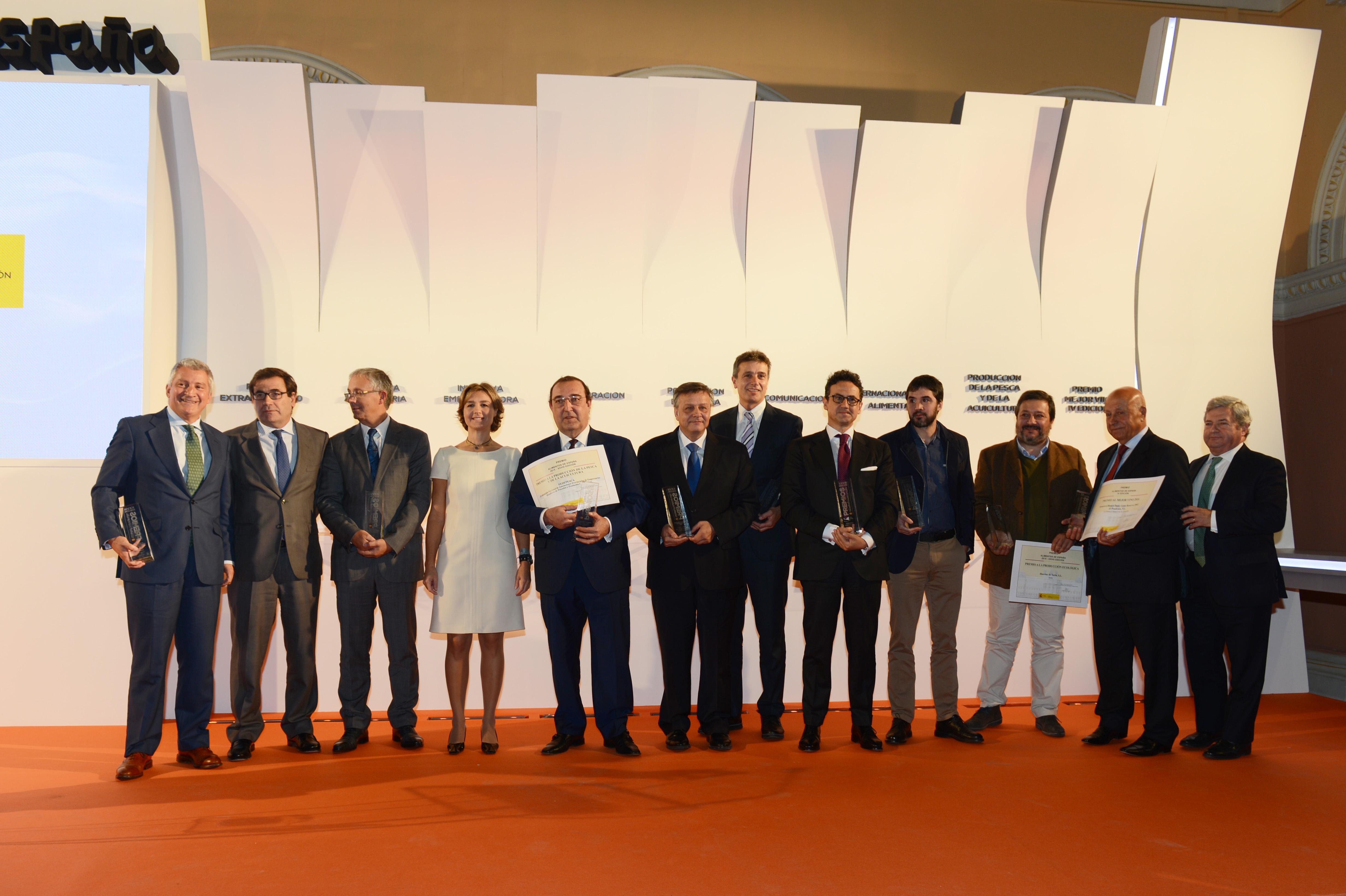 """""""Premios Alimentos de España 2015""""  y Premio """"Alimentos de España Mejor Vino 2016"""""""