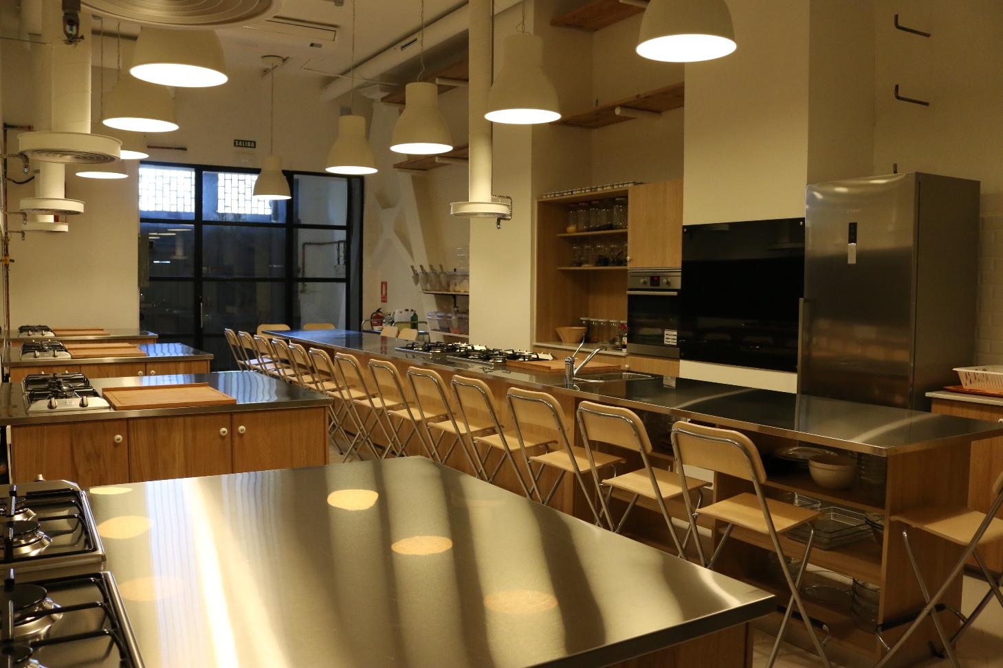 Nace en valencia la primera escuela de alta cocina for Curso cocina vegana madrid