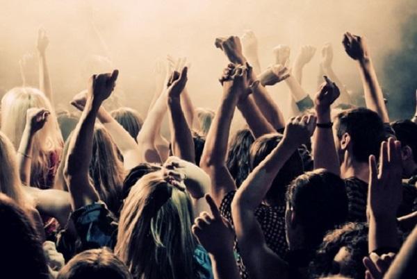 Las salas de fiesta, baile, discotecas, pubs y salones de bodas garantizan una noche vieja segura