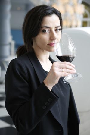 """¿Existe el """"Maridaje Perfecto""""? Esto es lo que nos cuenta Mª José Huertas, sumiller del Restaurante """"La terraza Del Casino"""""""