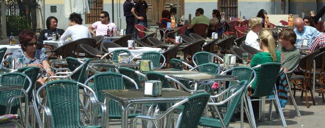 La Federación de Hostelería de Valencia contraria a la limitación de terrazas