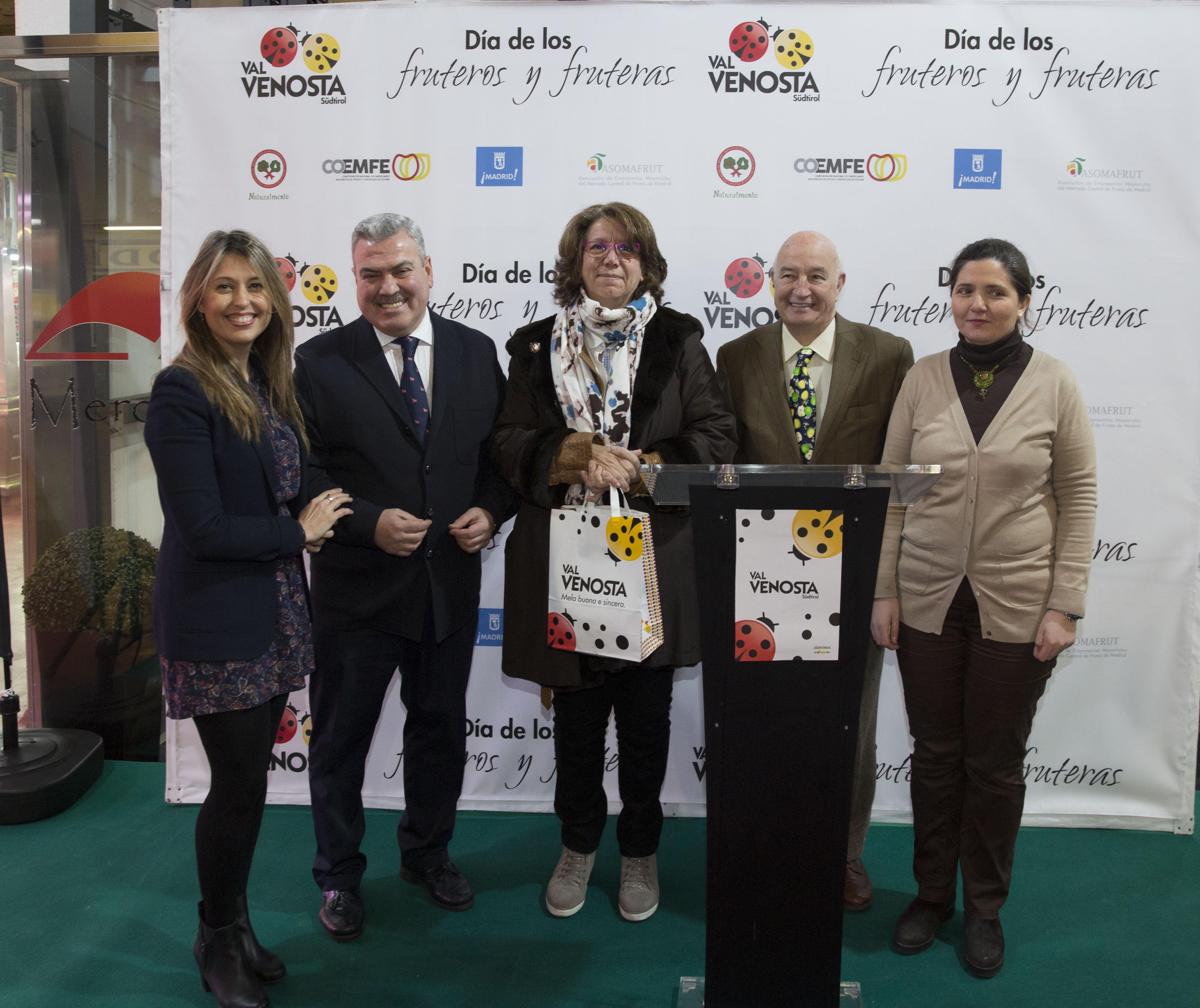 Por segundo año, España celebra el Día de los Fruteros y Fruteras