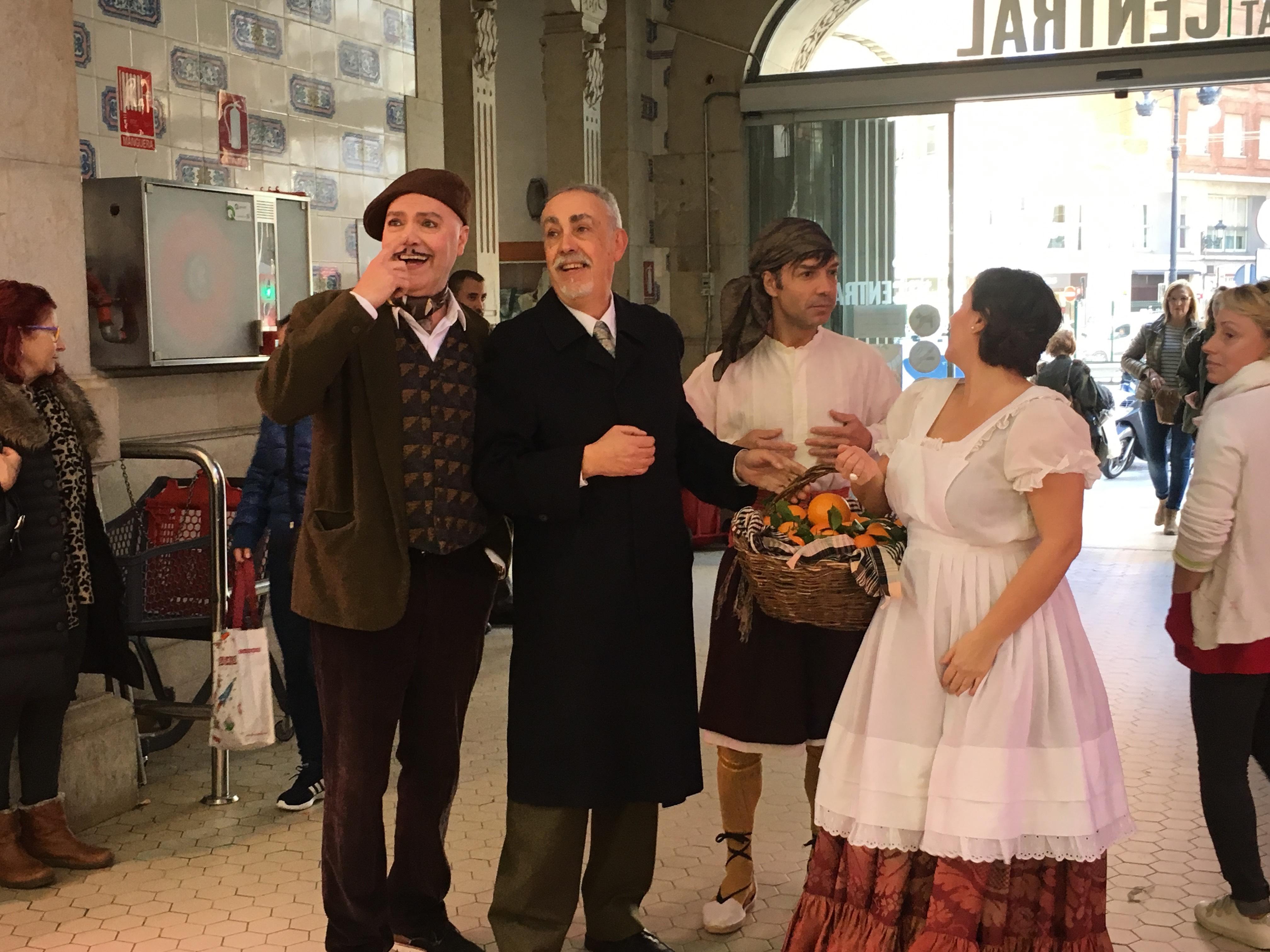 """El Mercat invita a sus clientes al reestreno de """"La Cotorra del Mercat"""" @MCentralVlc @teatretalia"""