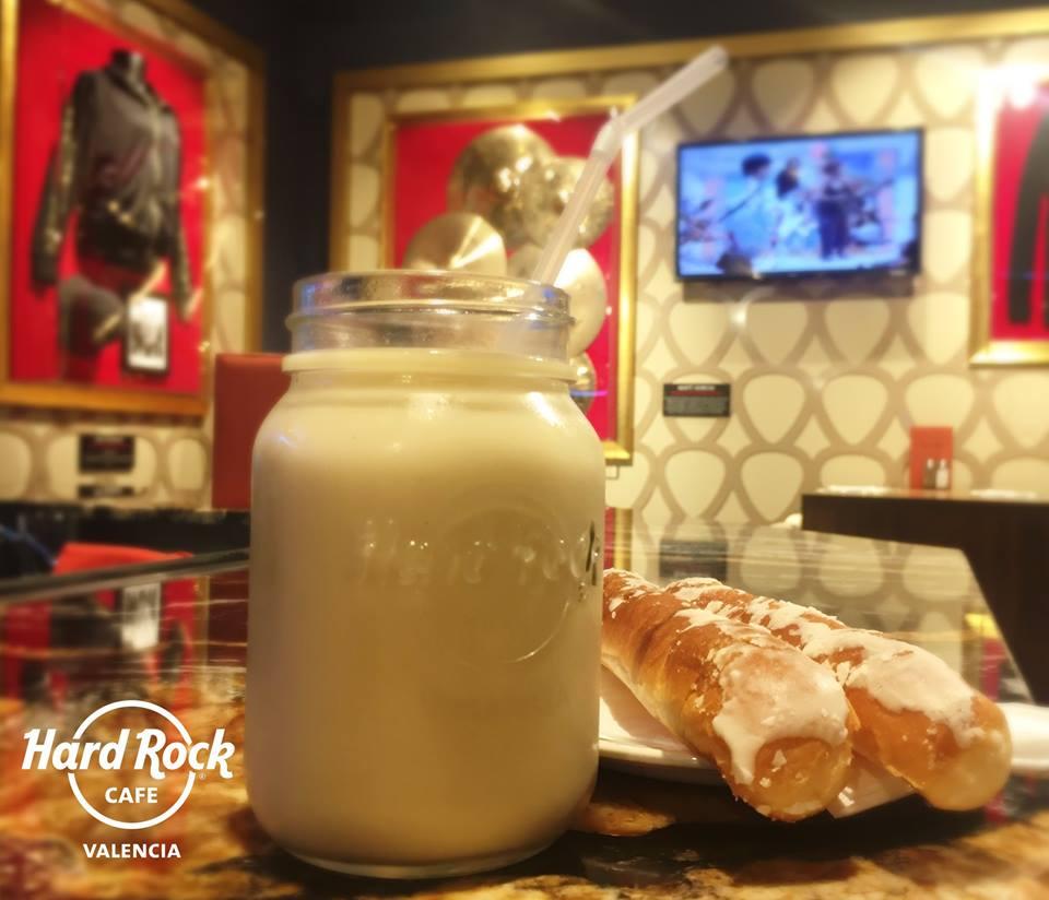 El Hard Rock Cafe Valencia apuesta por la horchata con Denominación de Origen