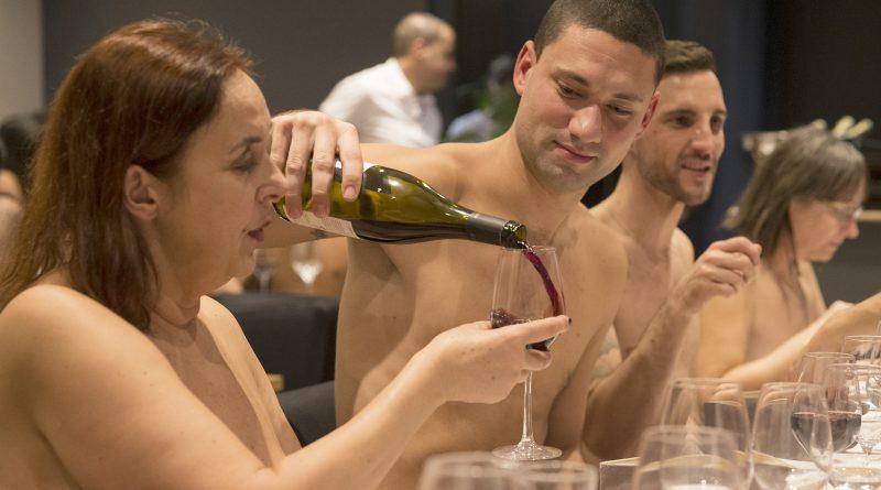 O'Naturel es el primer restaurante nudista de París