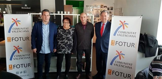 Fotur presenta a más de 3.000 asociaciones de vecinos su propuesta de gerencia de ocio nocturno para València