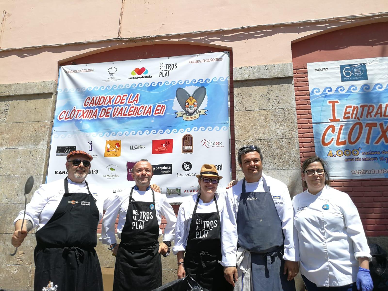 """Cocineros valencianos celebran las jornadas de la clóchina """"Del Tros al Plat"""" simultáneamente en once municipios"""