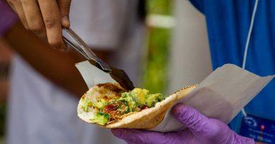 Cenar temprano reduce el riesgo de desarrollar cáncer de mama y próstata