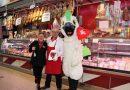 Amor en el Mercado Central de Valencia en San Valentín