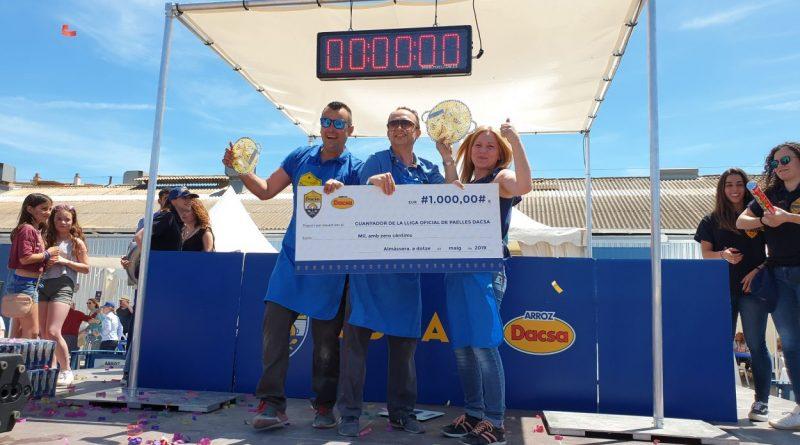 El equipo TEAM BOMBA, ganador de la 3ª liga de paellas DACSA