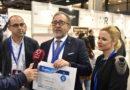El presidente Martí y la diputada de Turismo reciben el premio que cierra la feria Gastrónoma de València