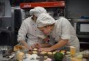 Las alumnas de segundo del Ciclo Medio de Pastelería de Altaviana presentan sus proyectos finales