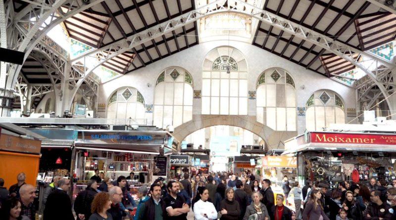 El Mercado Central, a favor de una ciudad sostenible y con un transporte público cómodo para acceder al centro