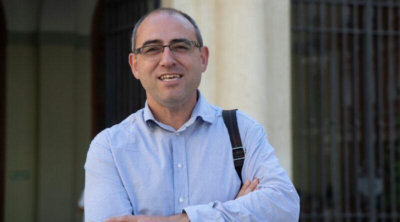 La Diputación edita con Intercoop una guía para promocionar el consumo de aceite virgen extra castellonense