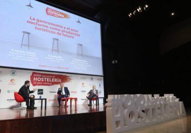 El concejal de turismo Emiliano García participa en el i foro nacional de hostelería