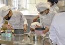 El Centro de Formación Profesional Altaviana realiza un curso de tartas creativas